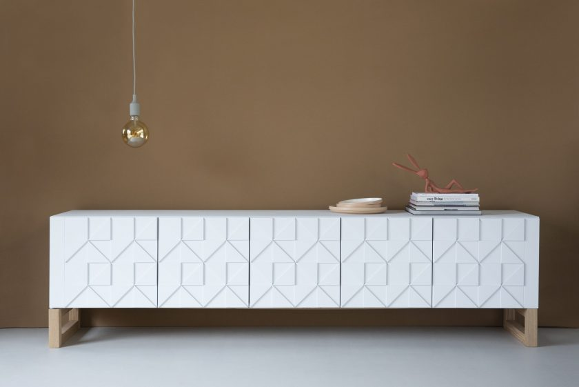 Sen Sen Design | Senna sideboard low | natural frame